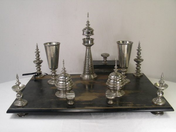 607: UNUSUAL RUSSIAN ART DECO DESK GROUP INKWELL