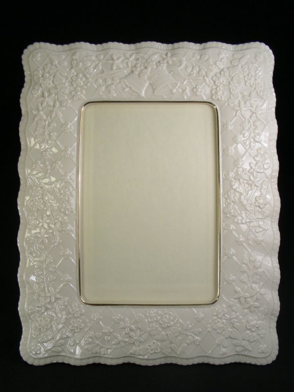 616: LARGE LENOX PORCELAIN PHOTO FRAME FLORAL
