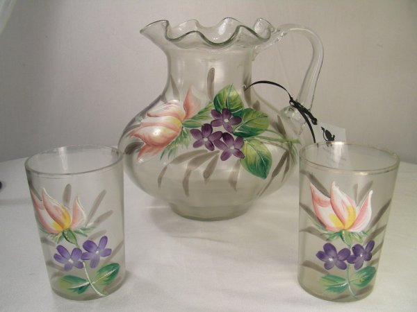 1009: HAND BLOWN & PAINTED CLEAR GLASS PITCHER & 2 GLAS
