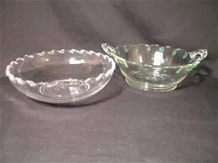 2 VINTAGE GLASS BOWLS GREEN TEAR DROP DESIGN