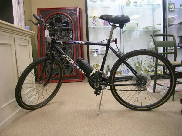 "991: 26"" 18 SPEED MENS MURRAY  MOUNTAIN ALLOY BIKE"