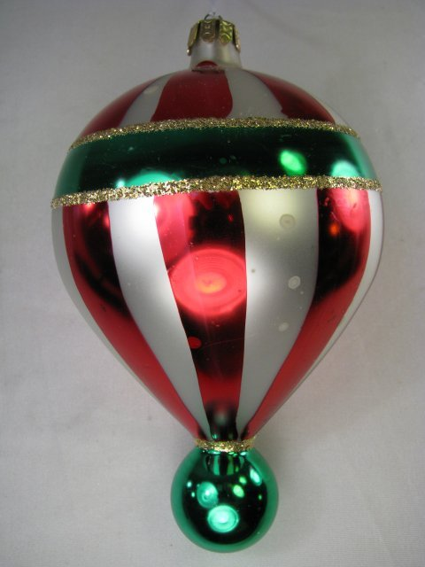 28: CHRISTOPHER RADKO RED WHITE & GREEN BALLOON