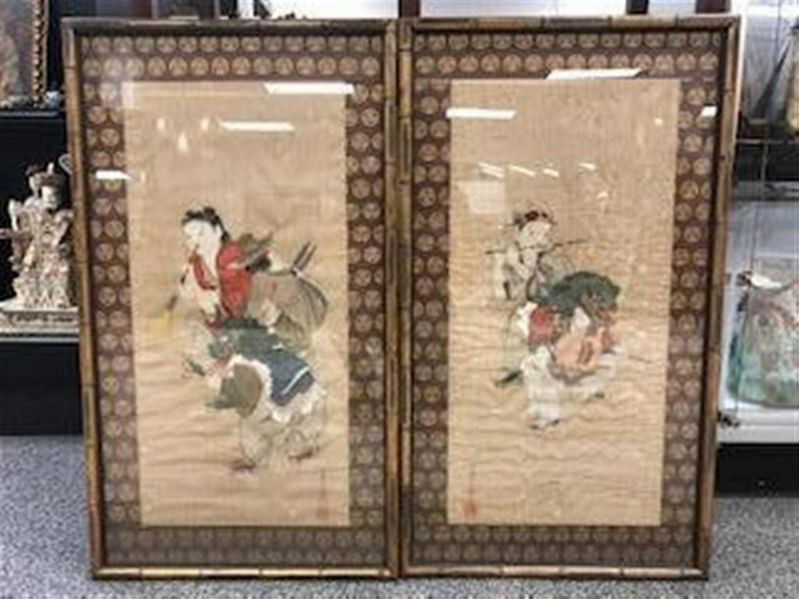 TWO ANTIQUE CHINESE QING PAINTINGS ON SILK