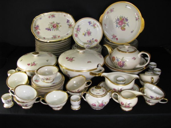 16: ROSENTHAL SELB GERMANY CHINA WINIFRED FLORAL 82PCS