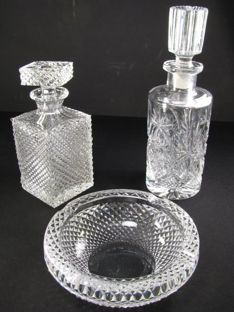 17: 2 LEAD GLASS DECANTERS W/STOPPERS & ROUND ASHTRAY 3