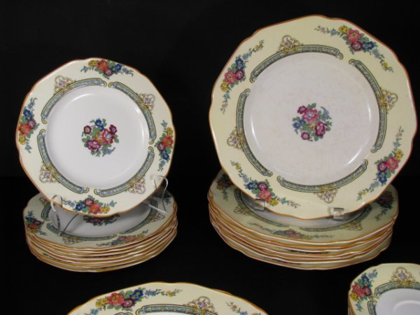 23: CROWN DUCAL WARE CHINA REGD # 72944 49 PIECES - 5