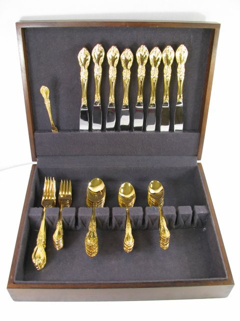 25: TOWLE GOLD SUPREME FLATWARE STAINLESS STEEL 50pcs