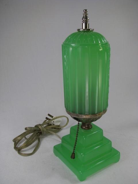 929: ART DECO JADE GREEN GLASS LAMP