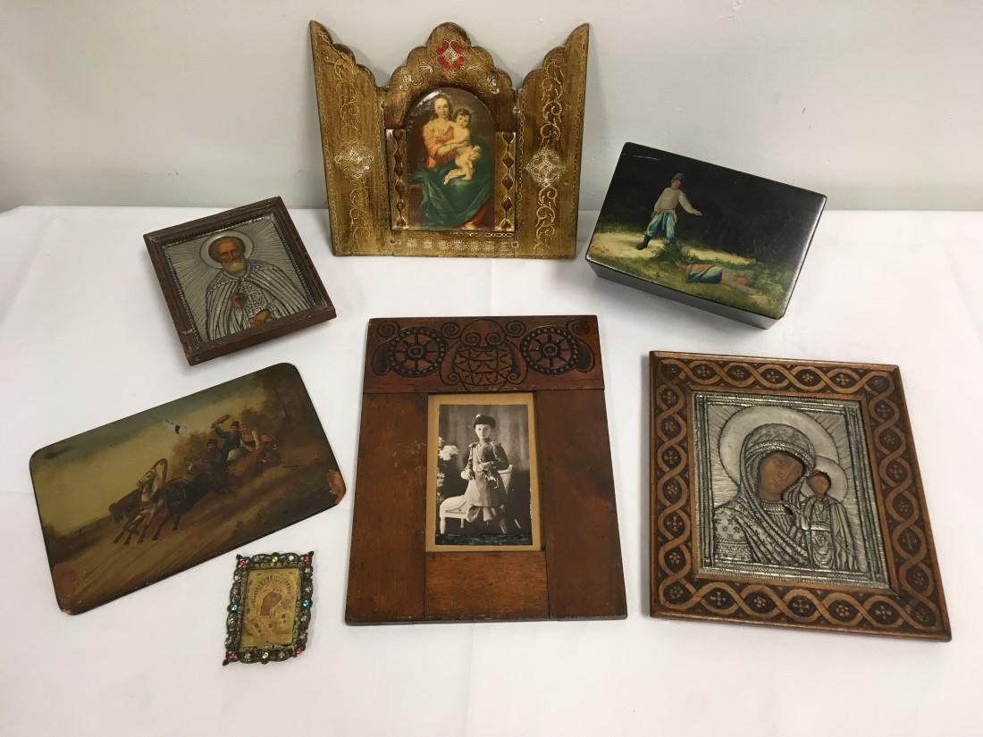 ASSORTED RUSSIAN ANTIQUES: ICONS, LACQUER, ETC.