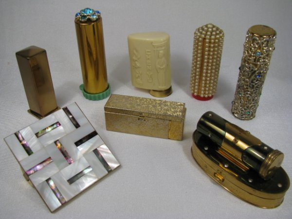 22: EIGHT VINTAGE COLLECTIBLE FANCY LIPSTICK CASES