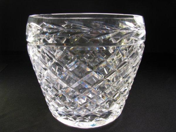 302: WATERFORD CRYSTAL ICE BUCKET GLANDORE PATTERN