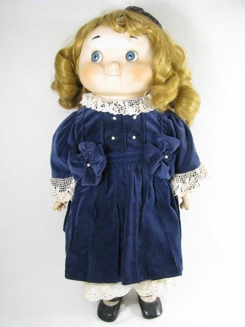 19: DOLLY DINGLE PORCELAIN MUSICAL COLLECTORS DOLL