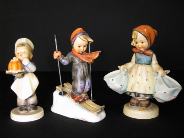 209: HUMMEL FIGURINES SKIER BAKER MOTHERS DARLING 3pcs