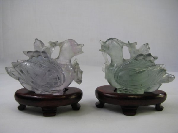 603: TWO CHINESE CARVED GREEN QUARTZ SWANS