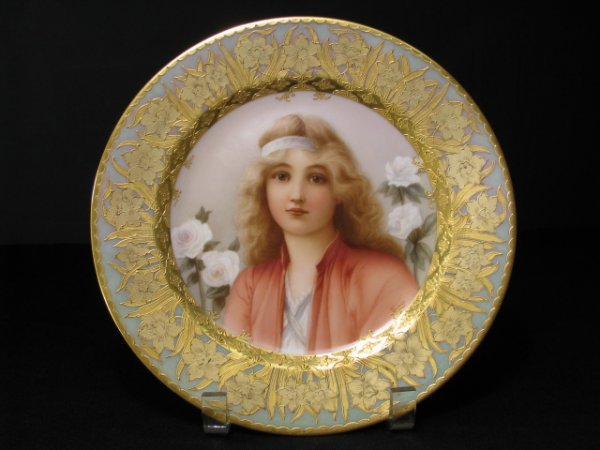 711: ROYAL VIENNA HAND PAINTED CABINET PLATE WAGNER
