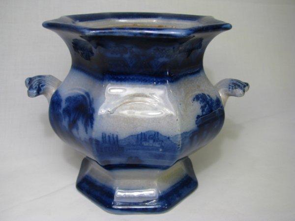 18: FLOW BLUE SUGAR BOWL: ORIENTAL SCENIC PATTERN