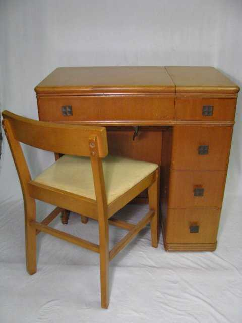 40 40'S WHITE ROTARY SEWING MACHINE W CABINET 40pcs Amazing White Rotary Sewing Machine Table