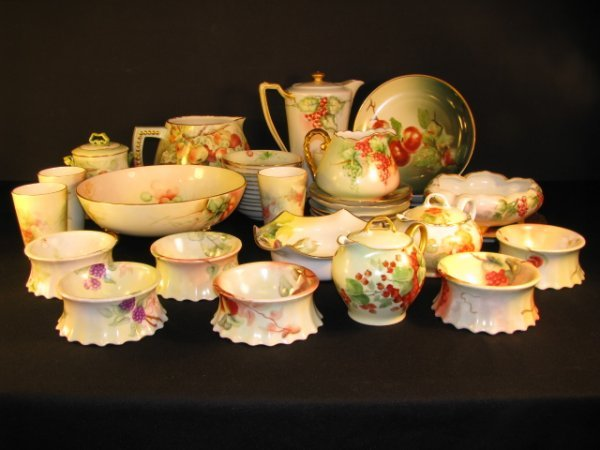 354: COLLECTION HAND PAINTED PORCELAIN 39 PC