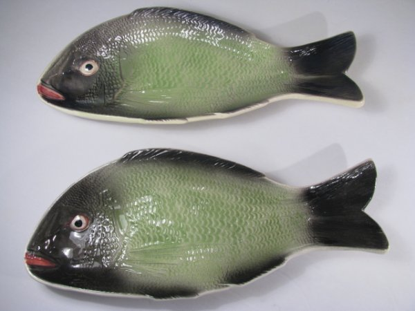5: PAIR 1950'S CERAMIC FISH SERVING PLATES