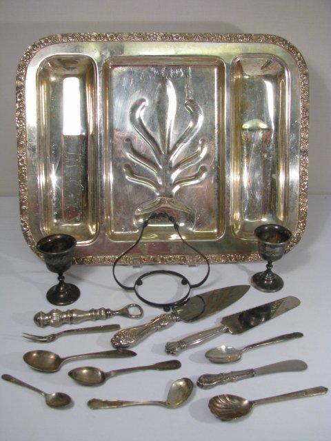 8: GROUP OF SILVER PLATE & STERLING SERVING PIECES TRAY