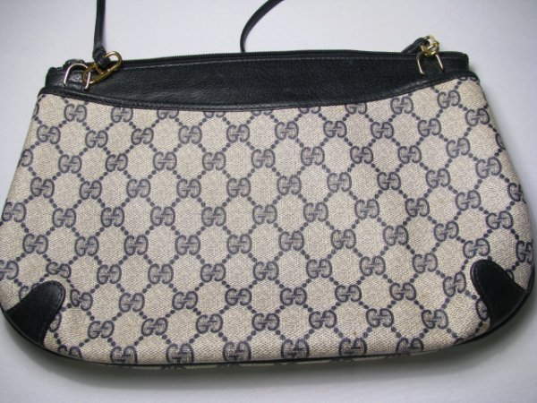 16: GUCCI ACCESSORY COLLECTION CLUTCH BAG w/ STRAP - 4
