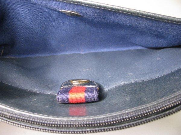 16: GUCCI ACCESSORY COLLECTION CLUTCH BAG w/ STRAP - 7