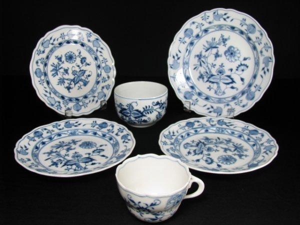 412: MEISSEN PORCELAIN BLUE ONION DINNERWARE 6pcs