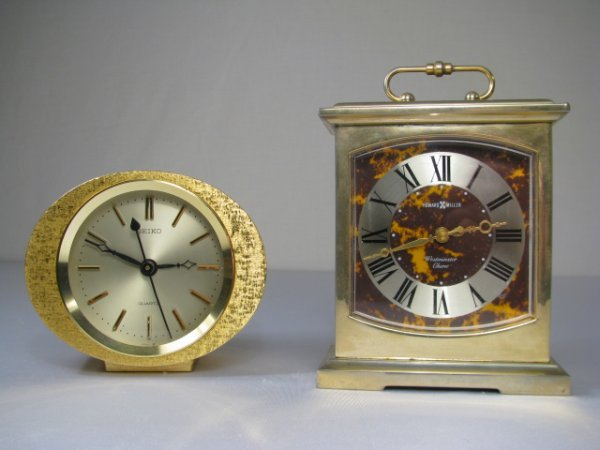 904: GOLD TONE METAL DESK CLOCKS SEIKO & HOWARD MILLER