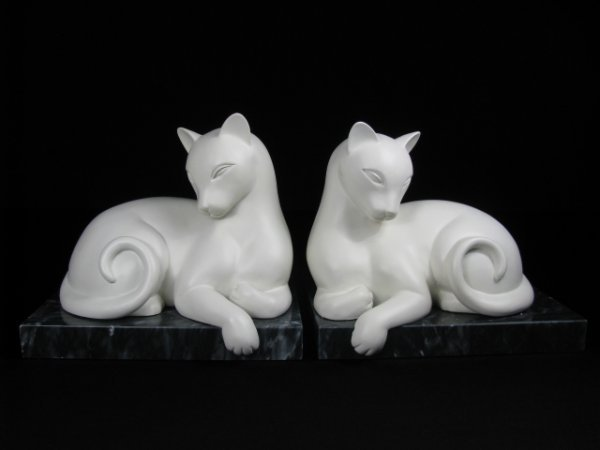 252: PAIR CERAMIC CAT BOOKENDS w BLACK MARBLE BASE