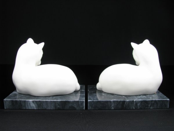 252: PAIR CERAMIC CAT BOOKENDS w BLACK MARBLE BASE - 3