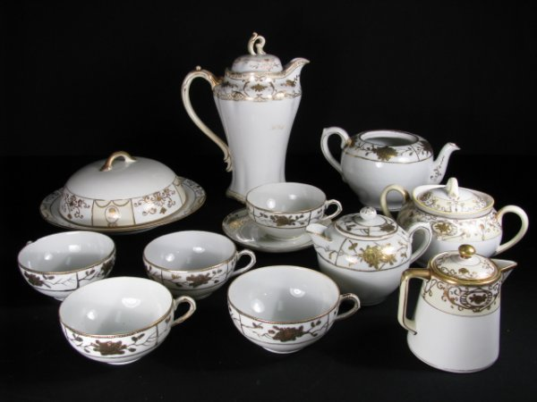 2: NIPPON HAND PAINTED DINNERWARE GILT TRIM 12 PCS