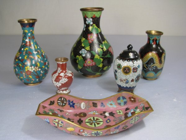 6: SIX PCS CLOISONNE VASES AND PINK DISH