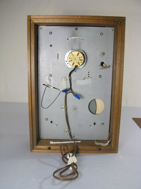 19: MID CENTURY ASTROLOGICAL CLOCK FAIRFIELD CLOCK - 8