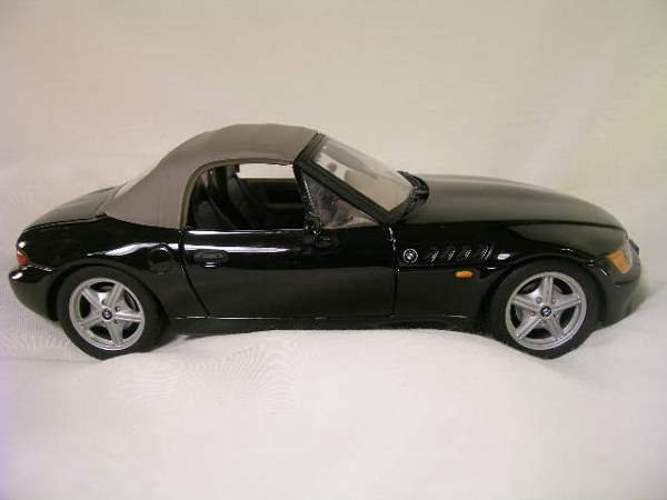759: BMW Z 3 CONVERTIBLE U T MODELS CAR BLACK
