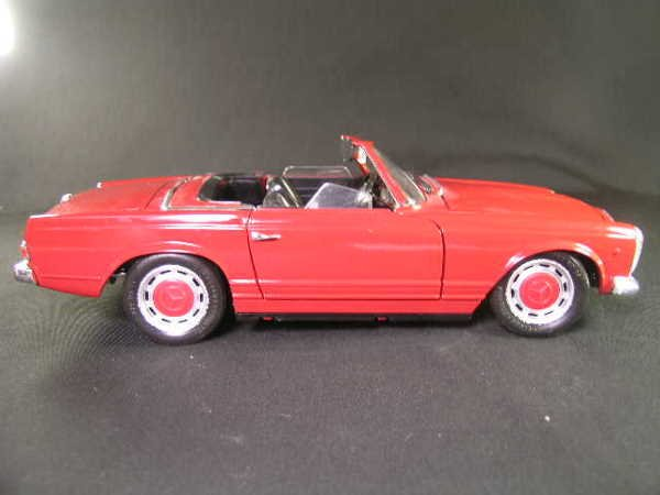763: TECHNO GIODI 1968 MERCEDES BENZ 280 SL RED MODEL C