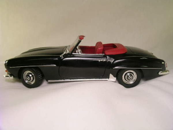 764: MERCEDES BENZ 190 SL CONVERTIBLE ERIL MODEL CAR