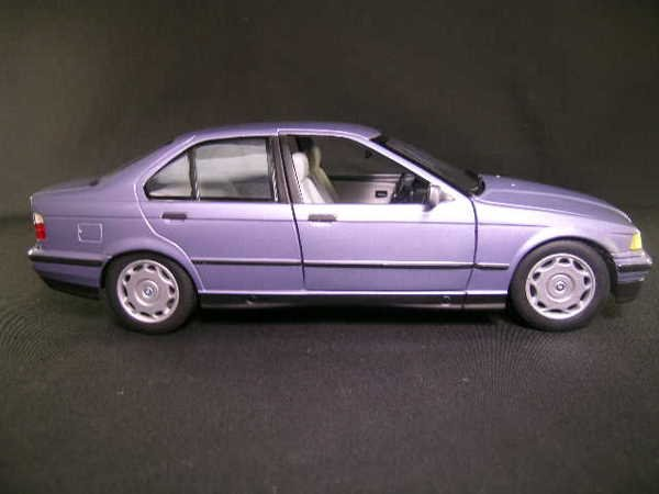 765: U T MODELS CAR BMW 3 SERIES SLATE BLUE