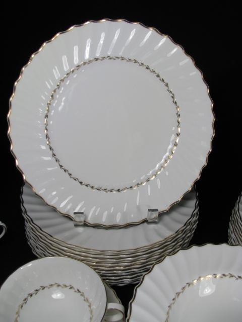 181: ROYAL DOULTON CHINA DINNERWARE ADRIAN 88 pieces - 5