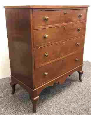 EARLY 19TH c FEDERAL 4 DRAWER CHEST