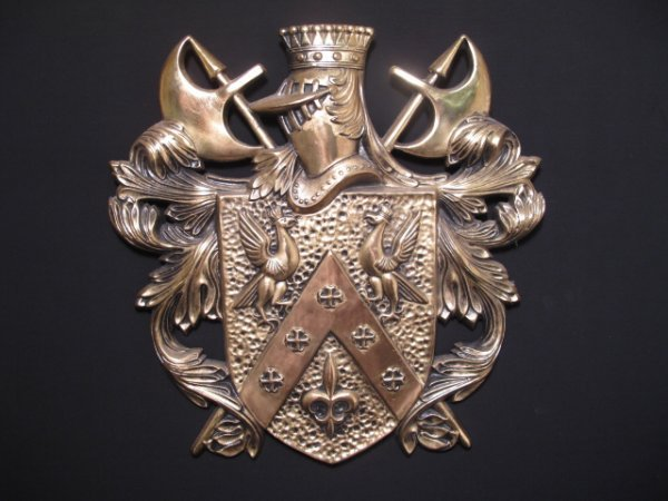 4: METAL KNIGHT'S COAT OF ARMS WALL PLAQUE