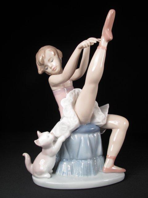 459: RETIRED LLADRO BALLERINA CAT TUESDAYS CHILD #6014