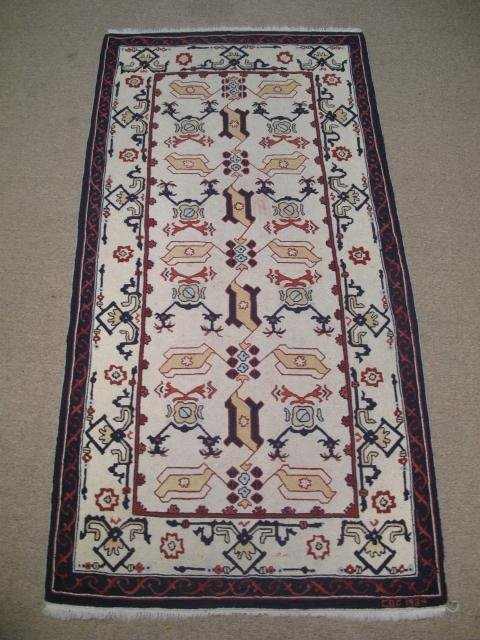 7: ARTS AND CRAFTS STYLE HOOKED RUG 1984
