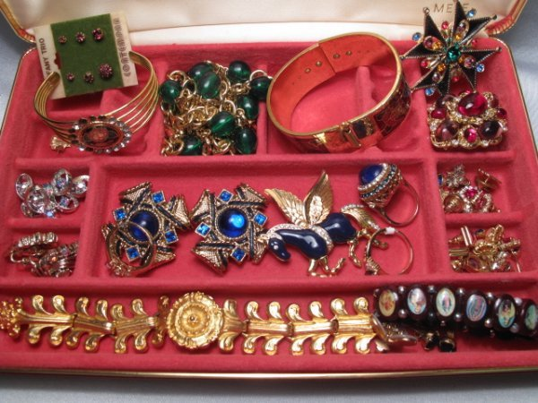 12: VINTAGE & OTHER COSTUME JEWELRY TIFFANY STERLING