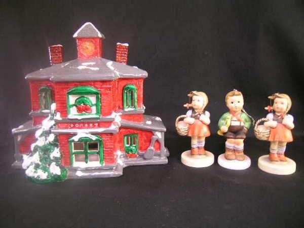 11: HUMMEL STYLE FIGURINES SCHMID CHRISTMAS HOUSE 4 PCS