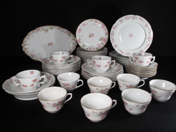 109: FORTY-EIGHT PIECES ANTIQUE FRENCH LIMOGES PORCELAI