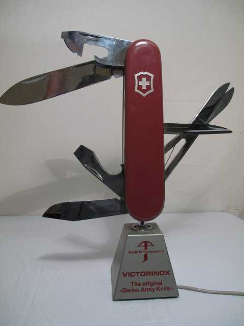 231 Victorinox Swiss Army Knife Electric Store Display