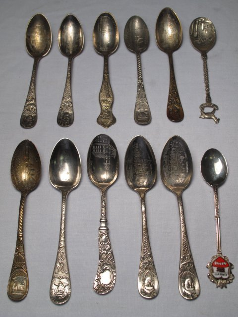 14: TWELVE ANTIQUE SOUVENIR SPOONS WORLDS FAIR MAINE