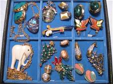 95: FIFTEEN PIECES VINTAGE & OTHER COSTUME JEWELRY
