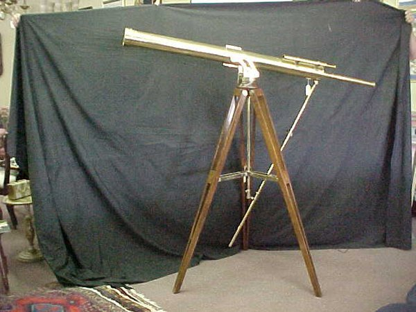 774: ANTIQUE BRASS TELESCOPE TRIPOD Telescope