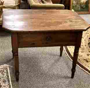 EARLY 19TH C ONE DRAWER WALNUT LIBRARY TABLE